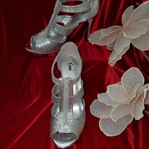 Shoes - ❤ High Heels- Glam- Sparkle- Cute❤